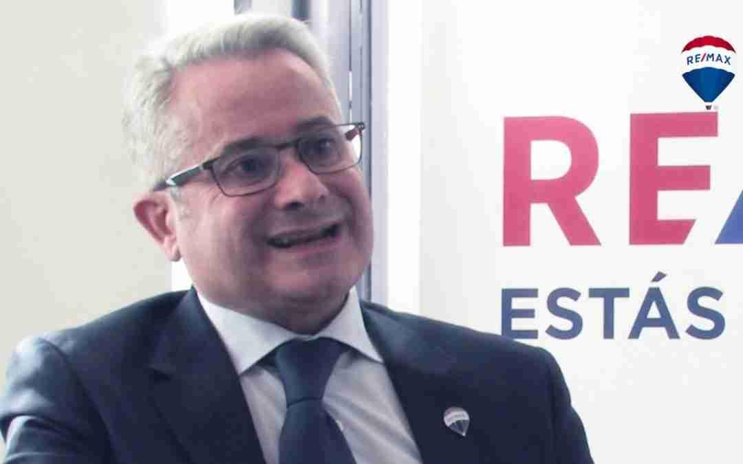 ¿Por qué decidió ser Broker Inmobiliario en REMAX? Jorge Queipo, el Éxito en mayúsculas.