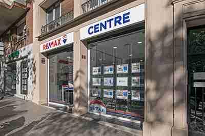 oficina exito remax centre