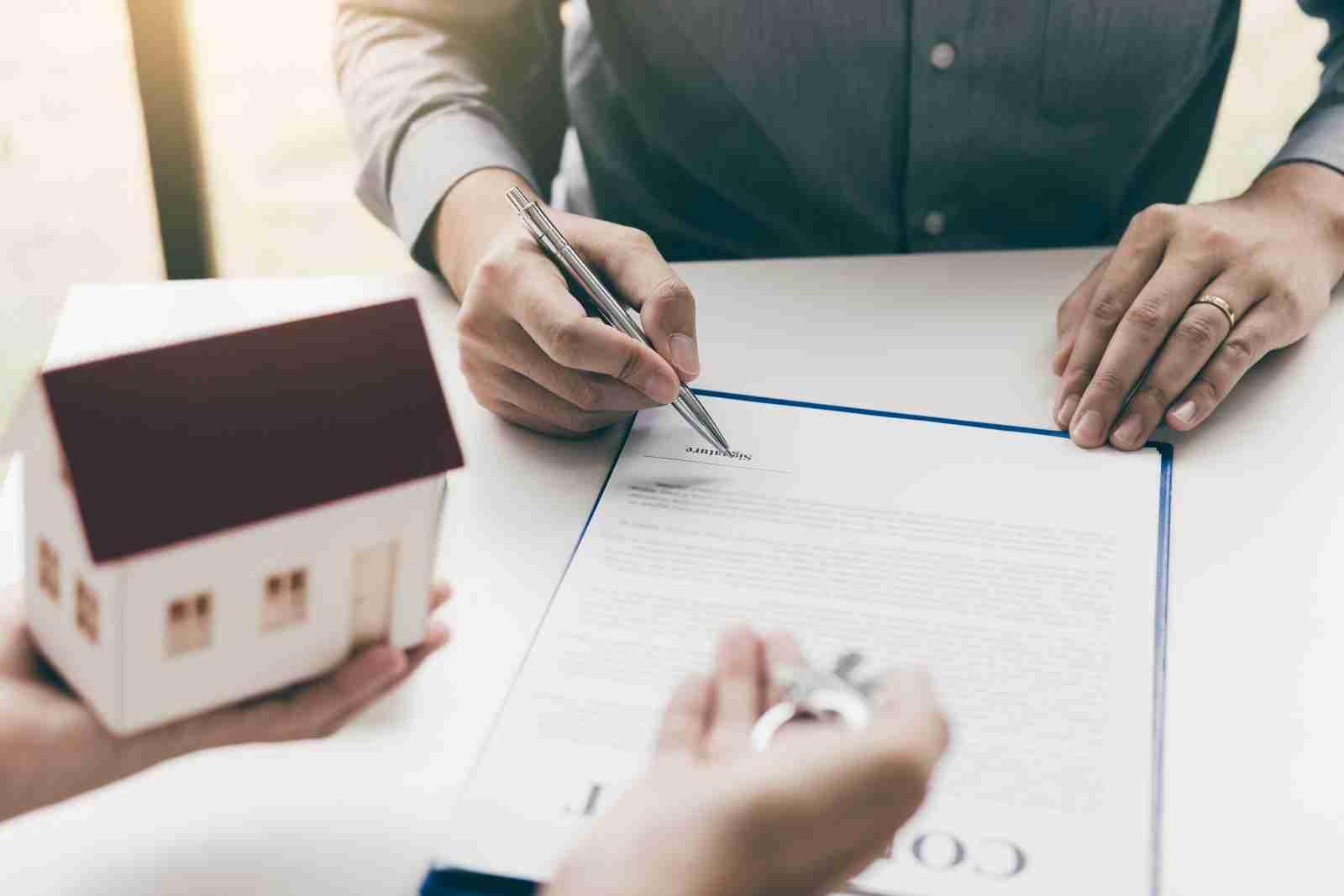 requisitos para abrir una inmobiliaria